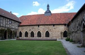 klasztor-wnetrze