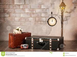 wntrze-walizki-przeciw-cianie-czas-podr-31821824